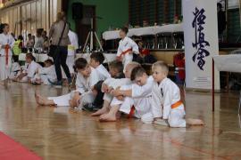 Młodzi karatecy w akcji