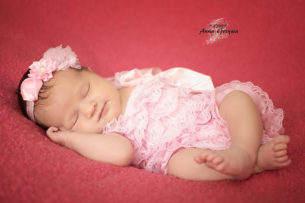 Sesje noworodkowe to piękna pamiątka - Anna Grzywa, fotografia dziecięca