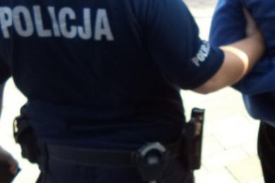 Policjanci zatrzymali sprawcę napadu na taksówkarza