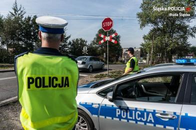 """""""Bezpieczny przejazd"""" - wspólne działania policji i SOK"""