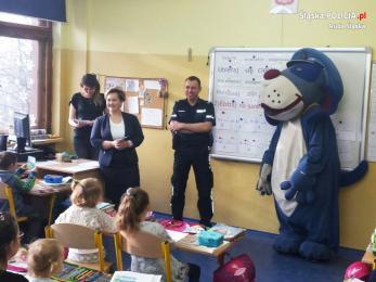 Dzielnicowi przygotowali dzieci do bezpiecznych ferii