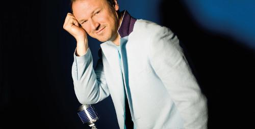 Damian Holecki z Zespołem