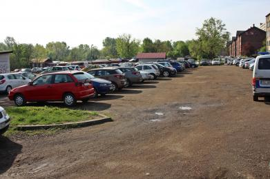 """Nowy parking zastąpi """"klepisko"""""""