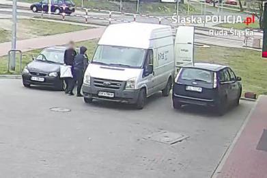 Policjanci z dwójki zatrzymali sprawców kradzieży