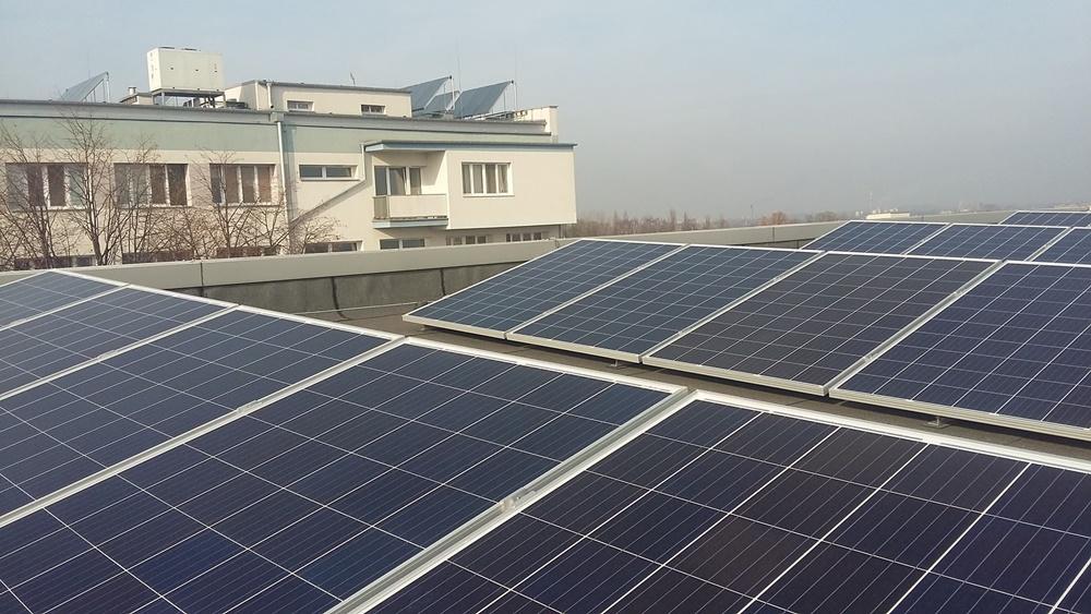 Farma fotowoltaiczna na dachu Szpitala Miejskiego