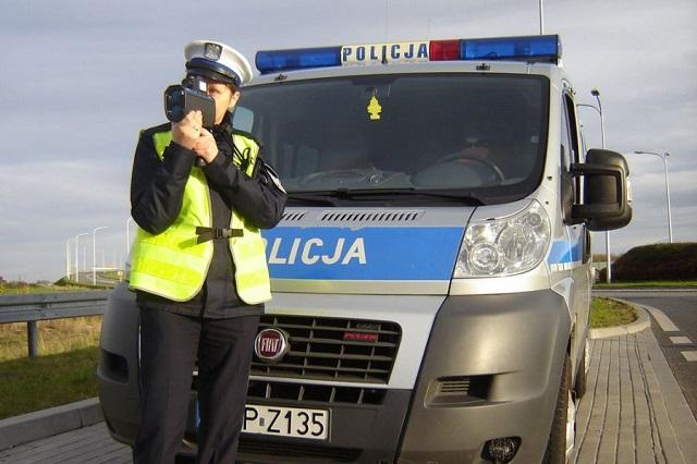 Pędził ponad 104 km/h. Rudzianin zatrzymany przez drogówkę stracił prawo jazdy