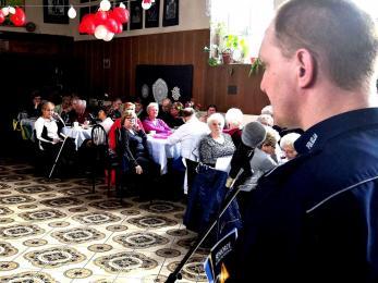 Policjanci debatowali z seniorami z Rudy Śląskiej o bezpieczeństwie