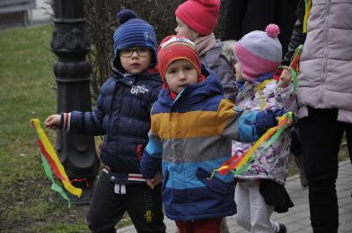 Przedszkolaki pożegnały dzisiaj zimę i powitały nową porę roku
