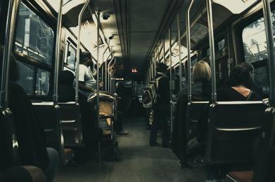 Dziś autobus linii 147 pojedzie zmienioną trasą. Ma to związek z budową ronda