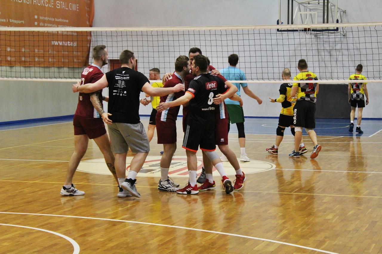 Poznaliśmy finalistów tegorocznych rozgrywek Rudzkiej Amatorskiej Ligi Siatkówki