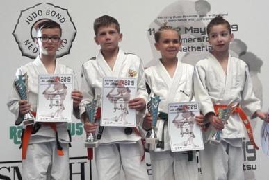 Młodzi rudzianie odnieśli sukces podczas Mistrzostw Europy w Ju-Jitsu