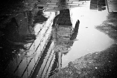 Trudne warunki pogodowe. Wojewoda Śląski zarządził pogotowie przeciwpowodziowe