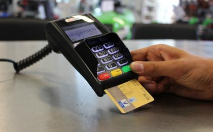 Koniec płatności kartą bez PIN-u? UE zaostrza przepisy