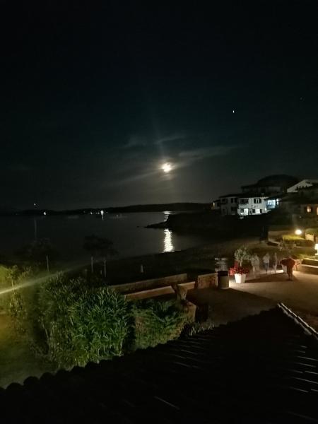 Taki wschód księżyca tylko w przepięknej Sardynii