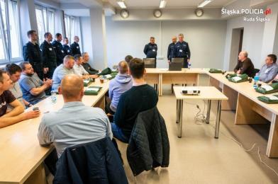 """Rudzcy policjanci szkolili rezerwistów w ramach ćwiczeń """"EGIDA-19"""""""