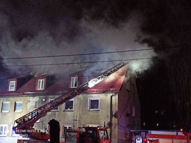 Pożar w Rudzie Śląskiej-Goduli: Spalił się dach budynku przy ul. Owocowej