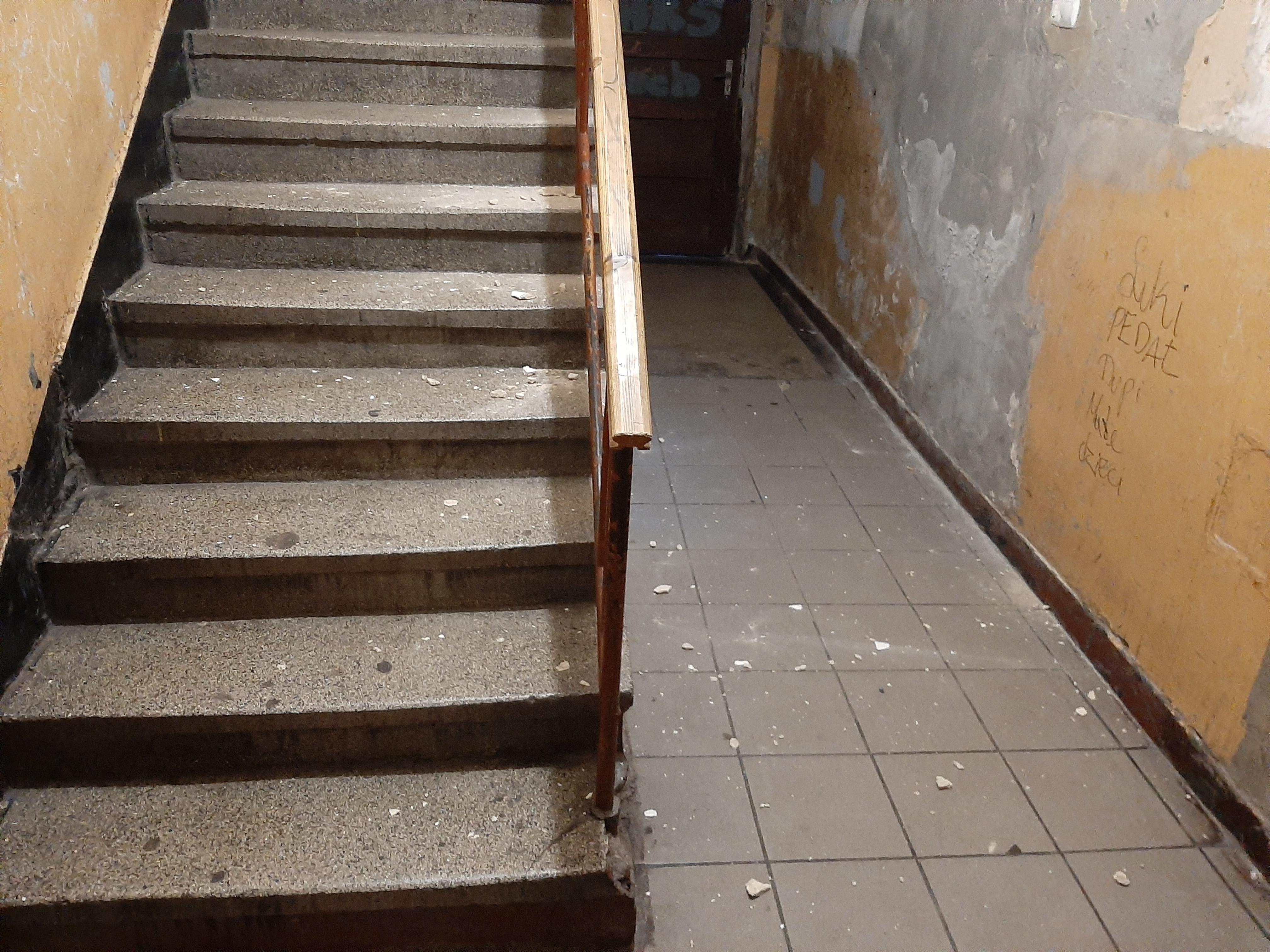 schody  kamienica