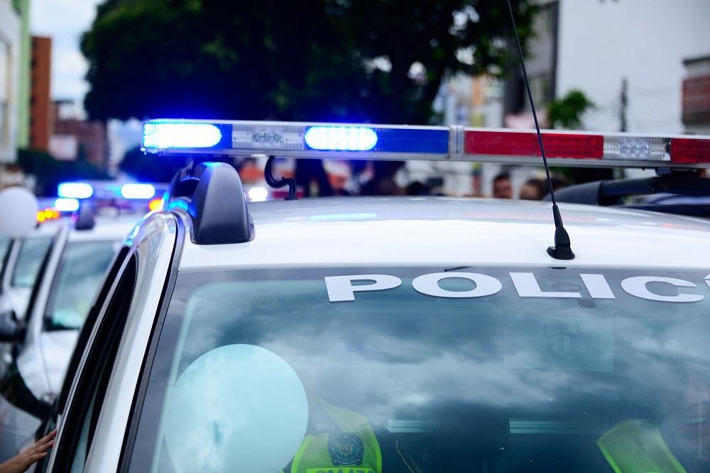 Jak skutecznie poinformować policję o niebezpieczeństwie?