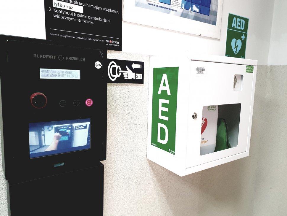 Rudzka policja dostała nowy defibrylator