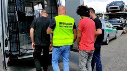 Funkcjonariusze Straży Granicznej z Rudy Śląskiej zatrzymali dwóch obywateli Afganistanu
