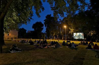 Trwa kino letnie w #KochLove! Sprawdź repertuar na nadchodzące pokazy