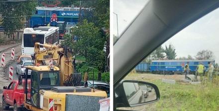 Przejazd kolejowy na ulicy Halembskiej nieprzejezdny! Awaria pociągu