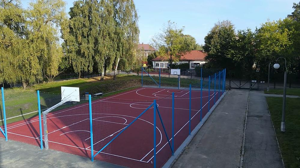 Modernizacja boiska do koszykówki przy Szkole Podstawowej nr 6 w Orzegowie ukończona!